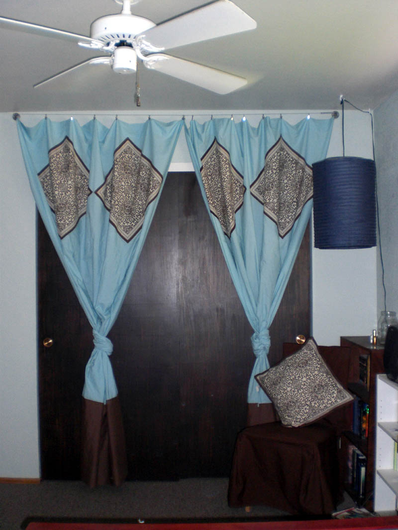 Green indian curtains - Indian Curtains